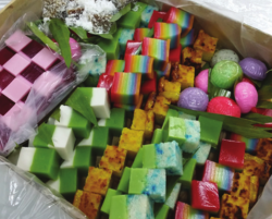 Assorted Nonya Kueh Party Pack