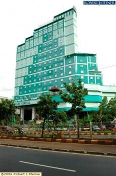 jakarta guide grand cempaka hotel jalan letjend suprapto
