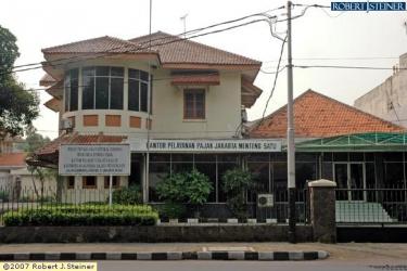 Kantor Pelayanan Pajak (KPP) Pratama Jakarta Menteng Satu @ Jalan Gssy Sam Ratulangi