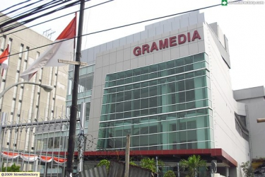 Gramedia Matraman @ Jalan Matraman Raya