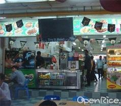 Specialise in Tom Yum, Muslim Seafood & Roti Prata Photos