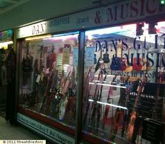 Dan's Guitars & Music Photos