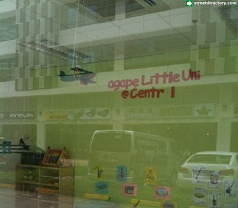 agape Little Uni @ Central Photos