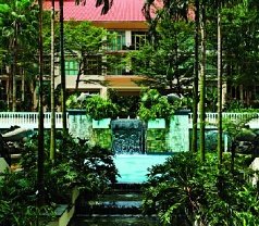 Treetops Executive Residences Photos