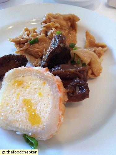 Cold Platter (Fishcake, Topshell, Ginger Pork)