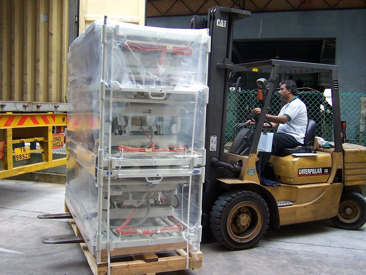 Collin's Movers Pte Ltd (Collin's Movers)