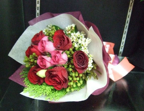 For all occasions - 9 stalks roses with beautiful side flowers @ $50