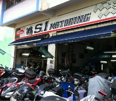 S.1 Motoring Photos
