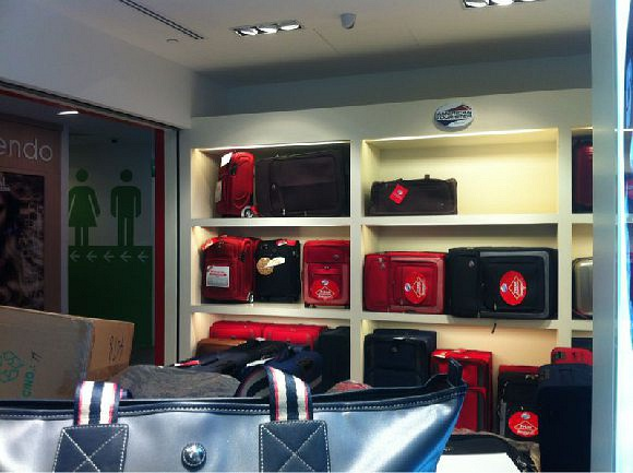 Samsonite (Changi City Point)