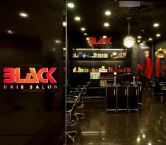 Black Hair Salon Photos