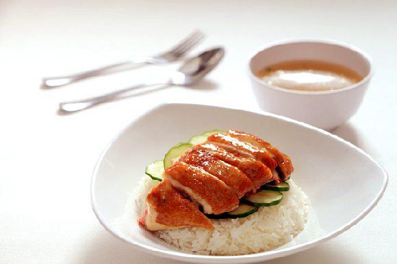 Soy Sauce Chicken Rice 油鸡饭
