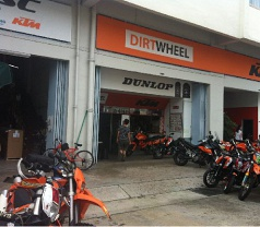 Dirt Wheel Motor Trading Photos