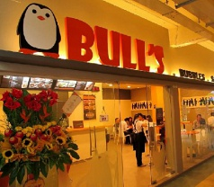 BULL'S Cafe Photos