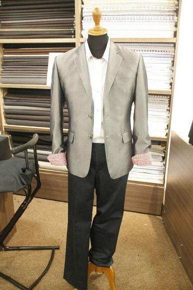 Grammy Tailoring (100 AM)