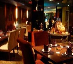 Queen's Tandoor Restaurant Pte Ltd Photos