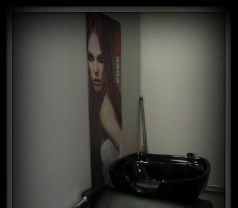 Muslimah Hair Studio Photos