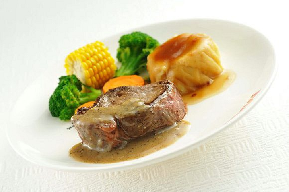 Grilled Tenderloin in Black Pepper Sauce @ $21.90