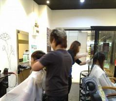 Summer Hair Salon Photos