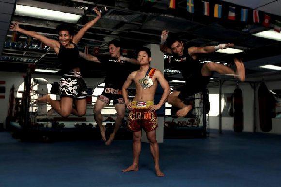Chowraiooi Muay Thai (Golden Mile Complex)