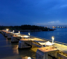 Marina Barrage Photos