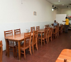 Sri Veera's Curry Restaurant Pte Ltd Photos