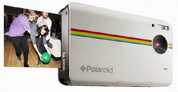 Polaroid Instant Digital Camera Z2300  with ZINK Zero Ink Printing Technology