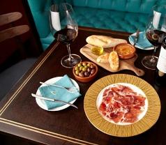 Vida Vino Wine & Tapas Bar Photos