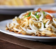 Ipoh Lou Yau Bean Sprouts Chicken Photos
