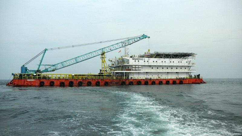 150 Men Accom Work Barge