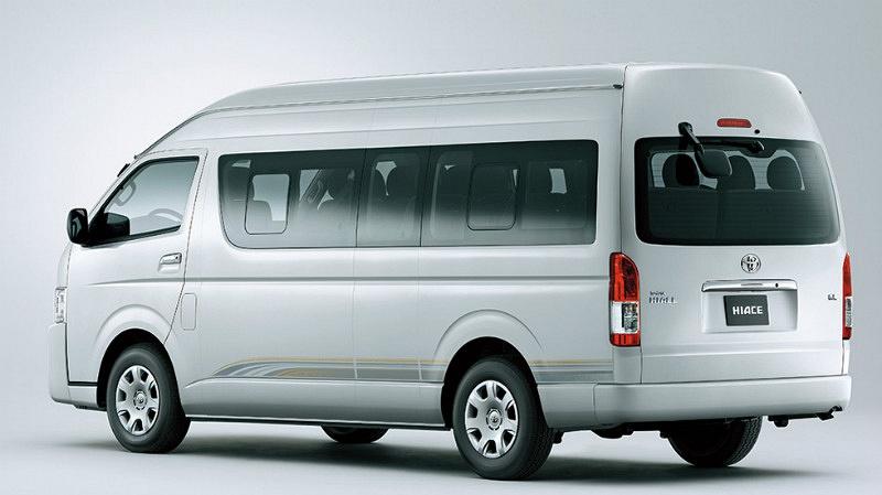 ToyoTa Van for Rent