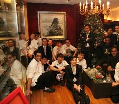 Les Amis Restaurant Photos
