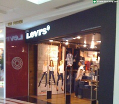 Levi's Photos