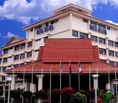 Selesa Hotel & Resort Photos