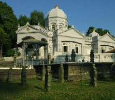 The Royal Mausoleum Photos