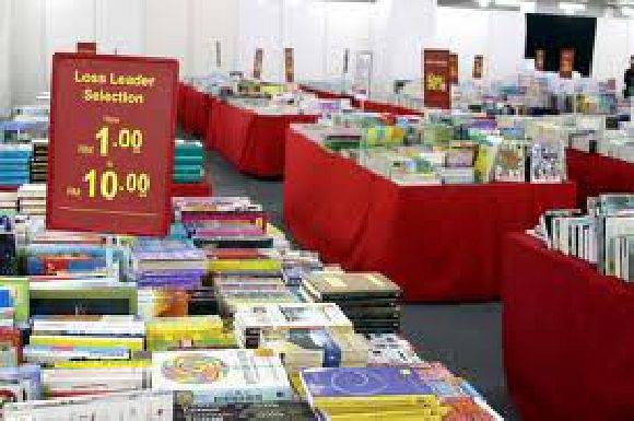 POPULAR BOOK CO.(MALAYSIA) SDN.BHD. (Pearl Point Shopping Centre)