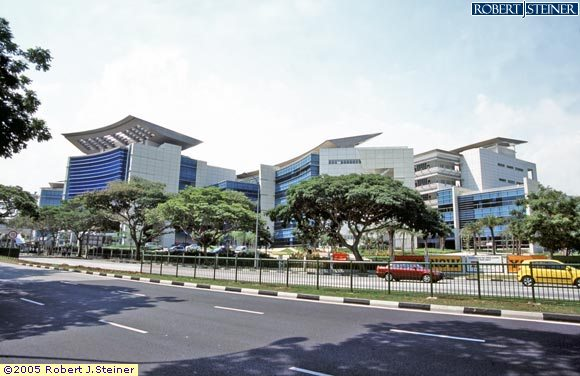 Right View of ITE COLLEGE EAST Building Image, Singapore