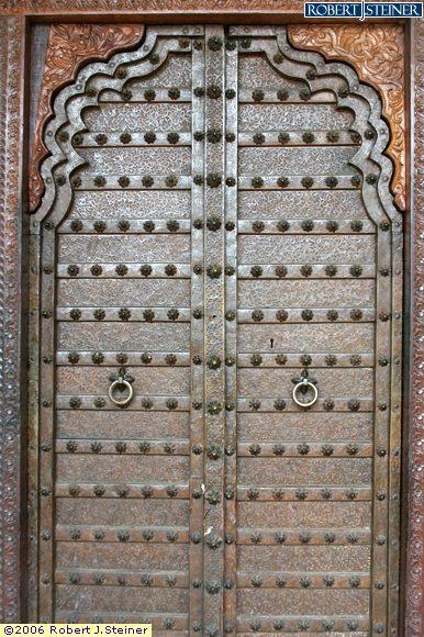 haldhi indian restaurant import main door from india