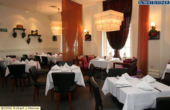 Viet lang restaurant interior