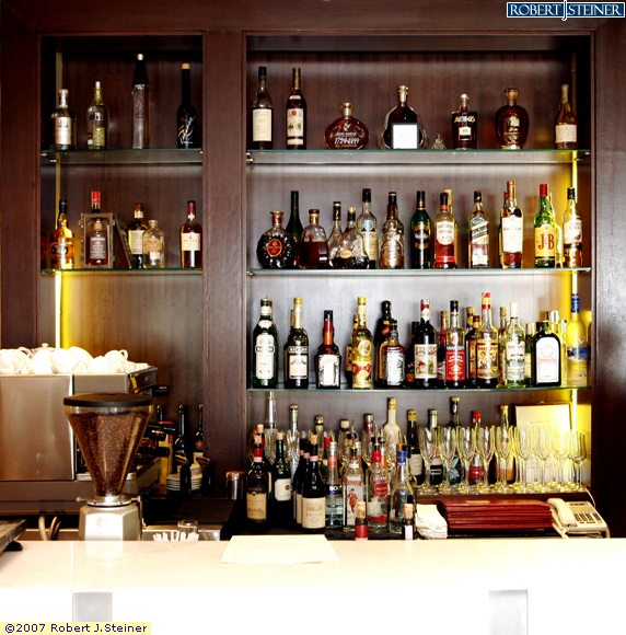 Oso Ristorante : Restaurant Bar Counter