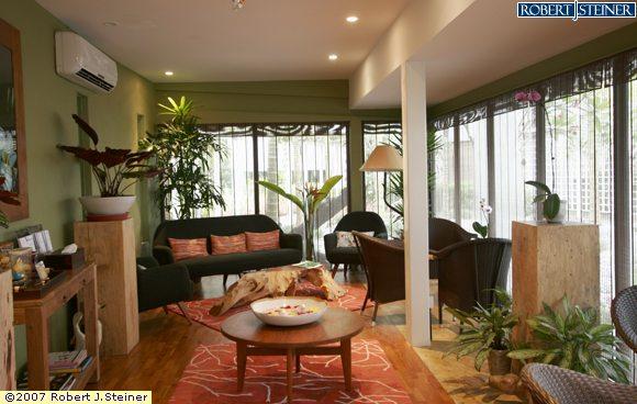 Green Lounge Of Aramsa