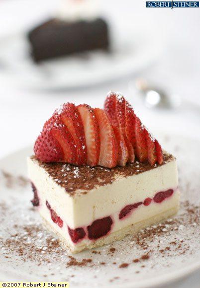 حلويات شهيه Mixed_fruit_cheese_cake