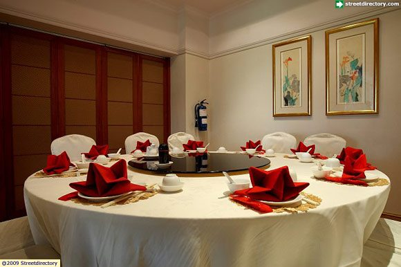 Padang palace restaurant restaurant private room for Restaurants with private rooms near me