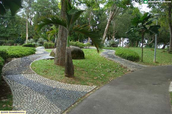[Image: yishun_neighbourhood_park]