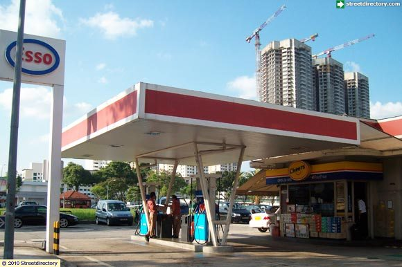 main view of esso lavender service station building image singapore. Black Bedroom Furniture Sets. Home Design Ideas